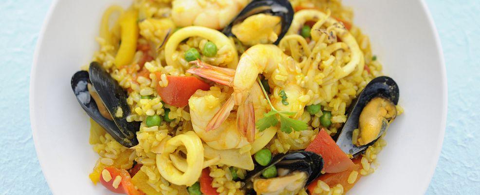 Paella-di-pesce-986x400